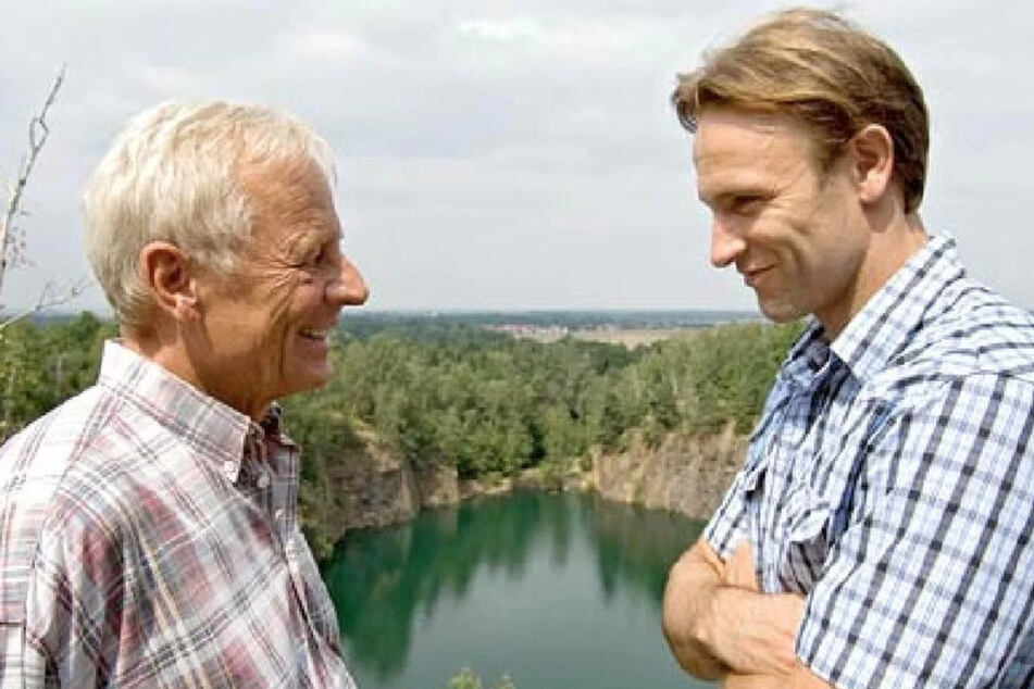 Martin und Otto Stein geraten beim jährlichen Ausflug aneinander.