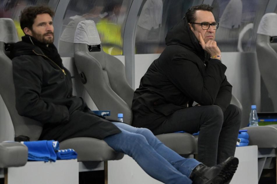 Arne Friedrich übernimmt bis Saisonende die Aufgaben von Manager Michael Preetz (r.).