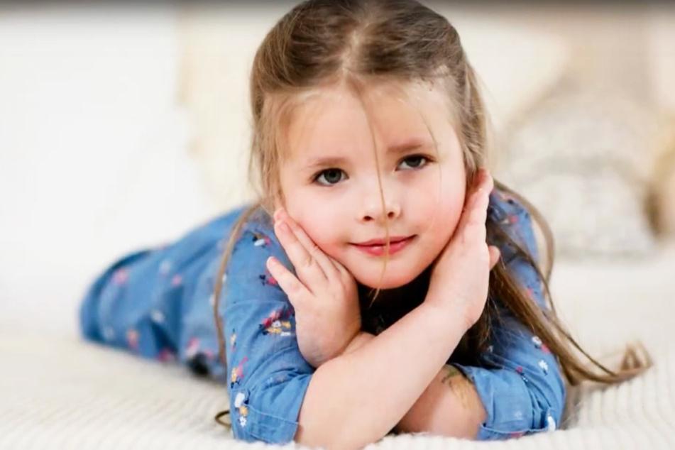 Bei Emilia wurde ein Gehirntumor festgestellt. Die Therapie, die ihr junges Leben retten soll, ist teuer.