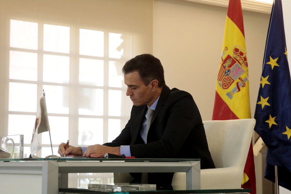 Pedro Sánchez, Ministerpräsident von Spanien, nimmt an einer Videokonferenz beim virtuellen G20-Gipfel teil.