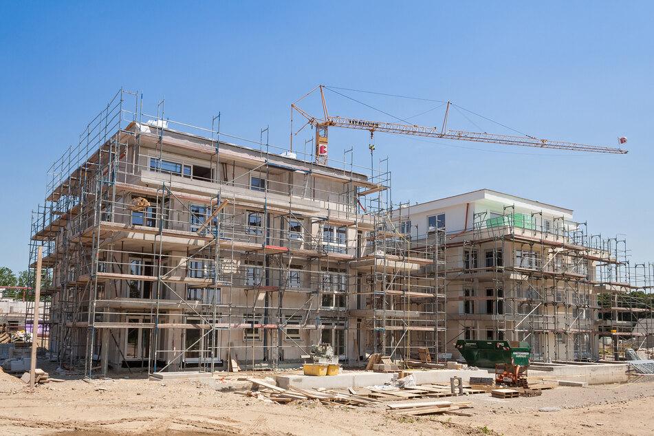 Bauarbeiter erschlägt Kollegen mit tonnenschwerer Gipsplatte