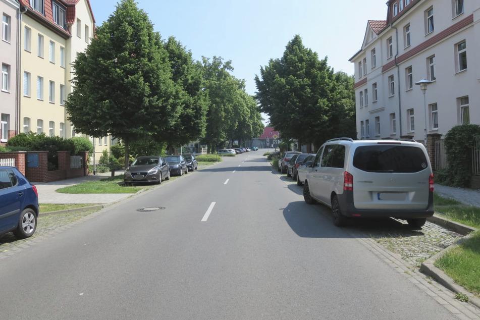 Auf dieser Straße schleiften die Tierquäler den Mischlingshund mehrere Hundert Meter entlang.