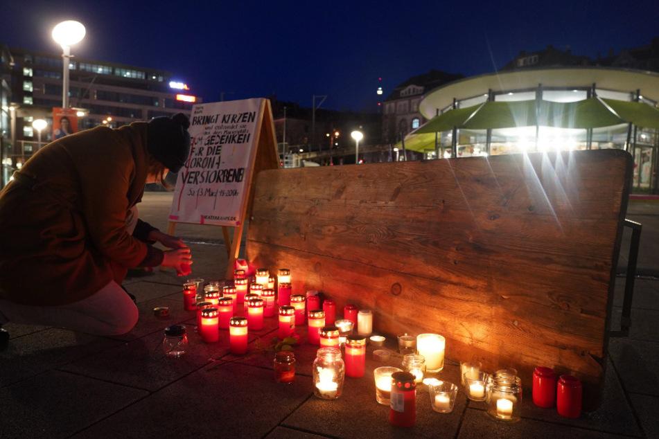 Stuttgart: An 16 Häusern in Stuttgart: Warum leuchtet hier rotes Licht?