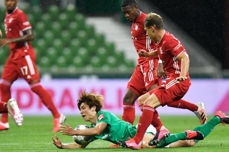 Die Spieler des FC Bayern München taten sich gegen Werder Bremen schwer.