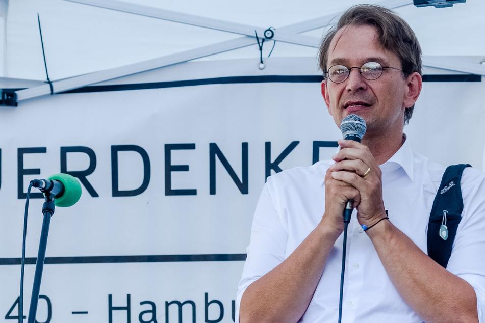 "Corona-Einreiseverbot: Polizei stoppt ""Querdenker"" Bodo Schiffmann"