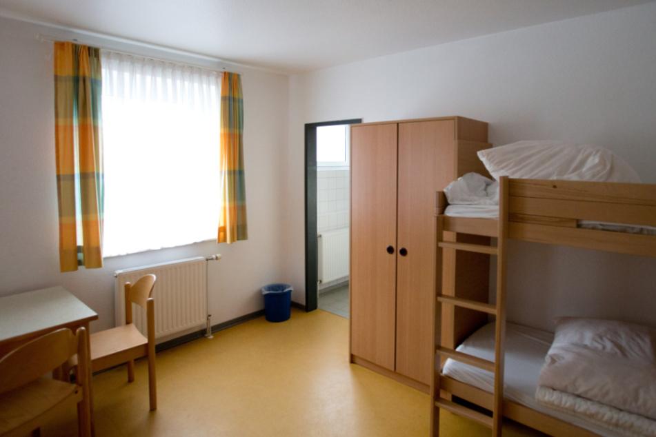 Mehrerer Schüler teilen sich normalerweise ein Zimmer in den Schullandheimen. (Archivbild)