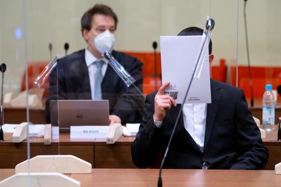 Anschläge von Waldkraiburg: Angeklagter gesteht alles