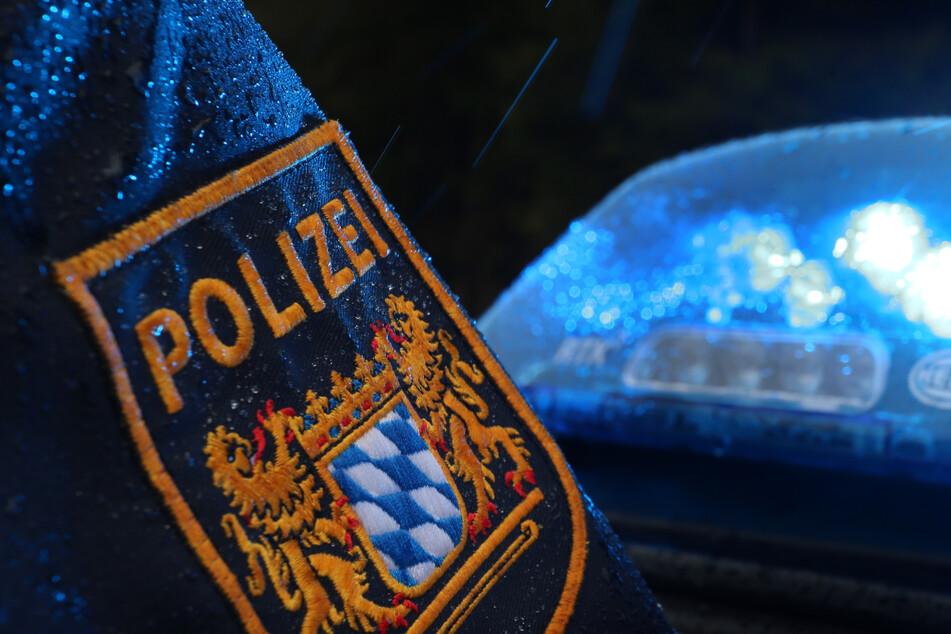 Die Polizei hat drei tatverdächtige junge Männer festgenommen. (Symbolbild)