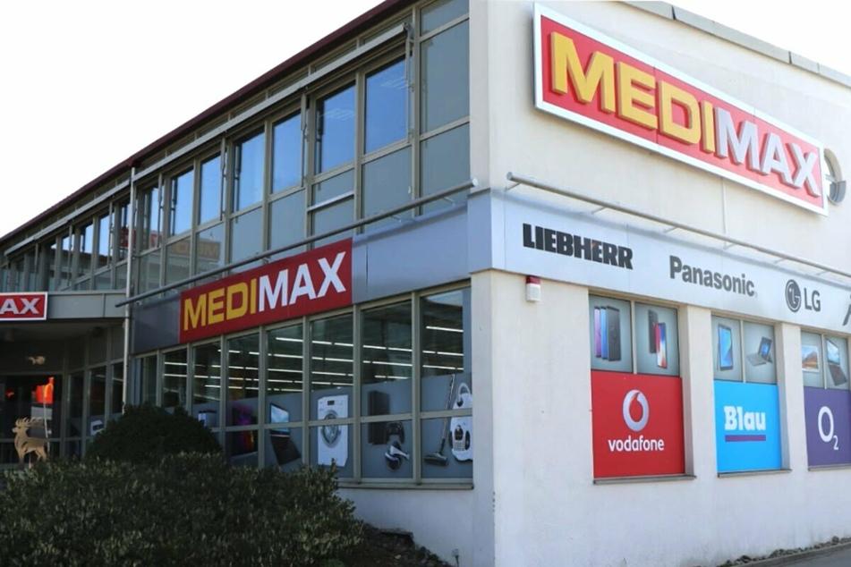 MEDIMAX Sigmaringen schließt und Ihr staubt Technik besonders günstig ab