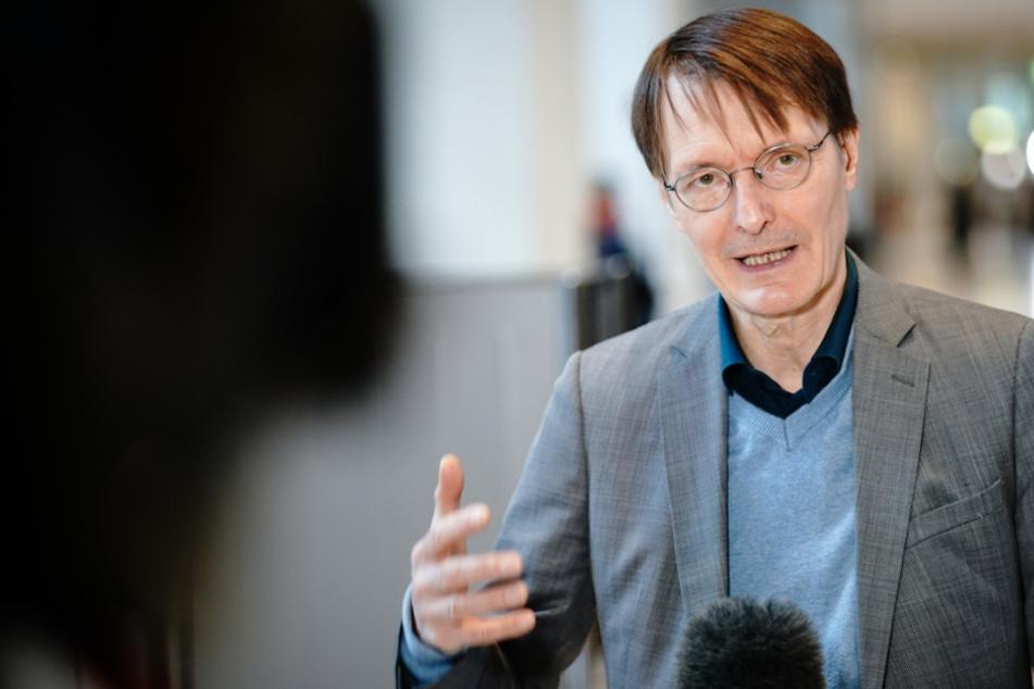 SPD-Lauterbach warnt vor schneller Ausbreitung der Coronavirus-Mutation