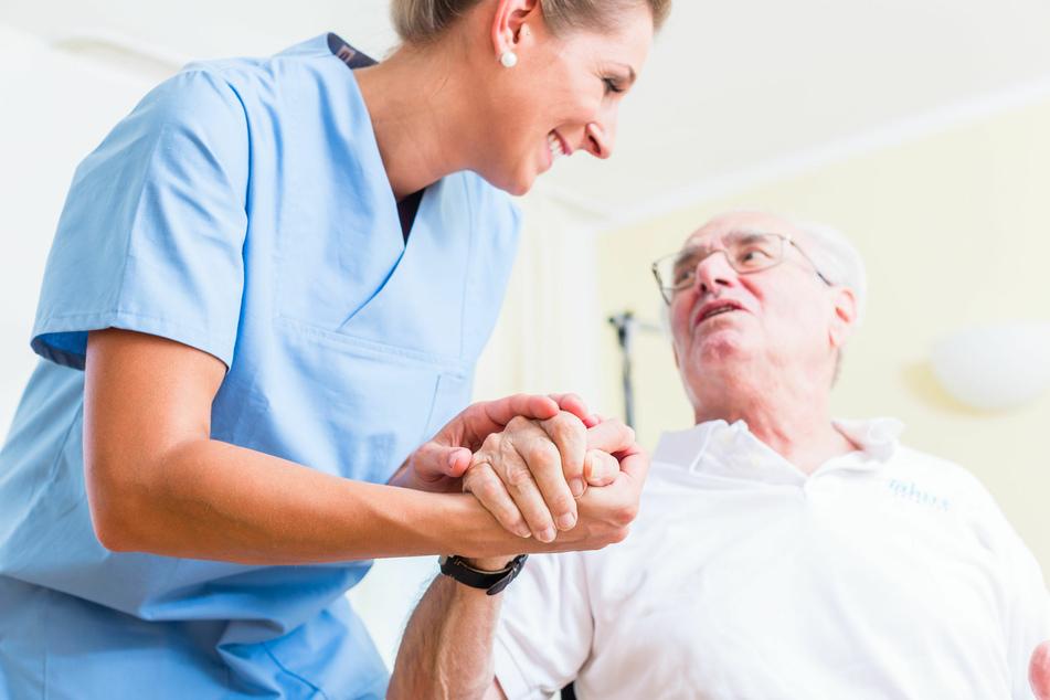 Pflegefall in der Familie? Die AOK kann sofort helfen!