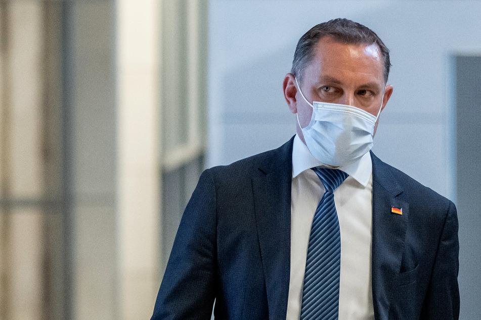 Tino Chrupalla (46), Fraktionsvorsitzender der AfD, befindet sich derzeit in häuslicher Quarantäne.