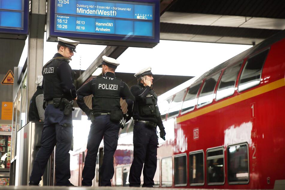 """""""Wichser, Drecksbullen, Hurensöhne"""": 34-Jähriger hat Totalausfall am Hauptbahnhof"""