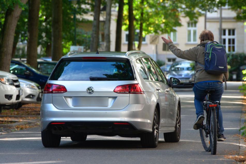 Mindestabstand zwischen Autos und Radlern: Stadt und Polizei starten Info-Kampagne