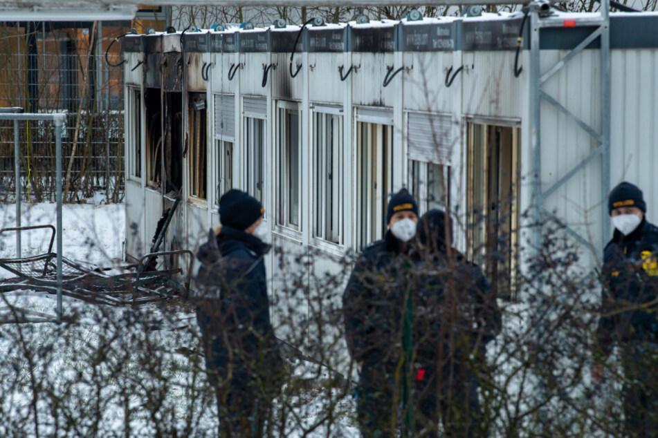Brand in Asylunterkunft bei München: Bewohner legt Feuer und wird verletzt