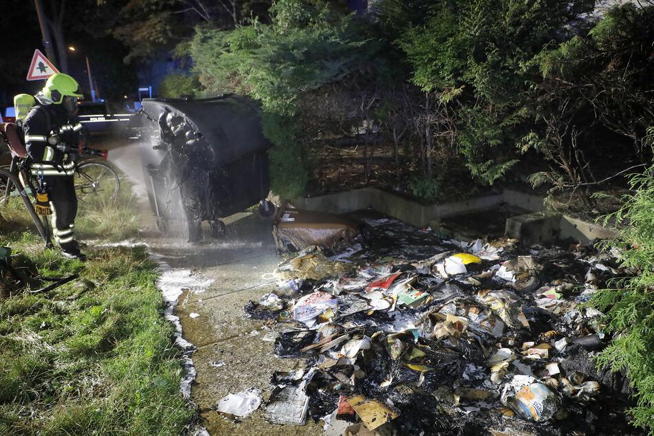 Chemnitz: Mehrere Mülltonnen auf dem Kaßberg abgefackelt