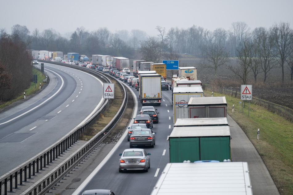 A3 bei Bonn an drei März-Wochenenden in eine Richtung gesperrt