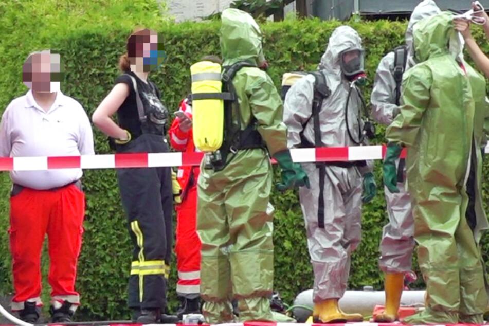Rätselhafter Anschlag mit Einmachglas: Rettungsdienst, Feuerwehr und Polizei im Einsatz