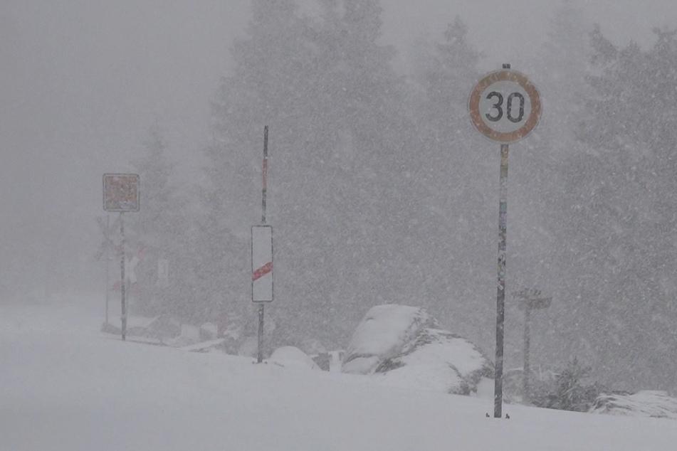Wintereinbruch wird Sachsen-Anhalts Autofahrern zum Verhängnis!