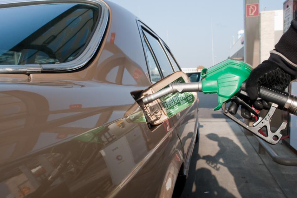 Tanken in Corona-Zeiten: So günstig gibt's in Bayern heute den Diesel