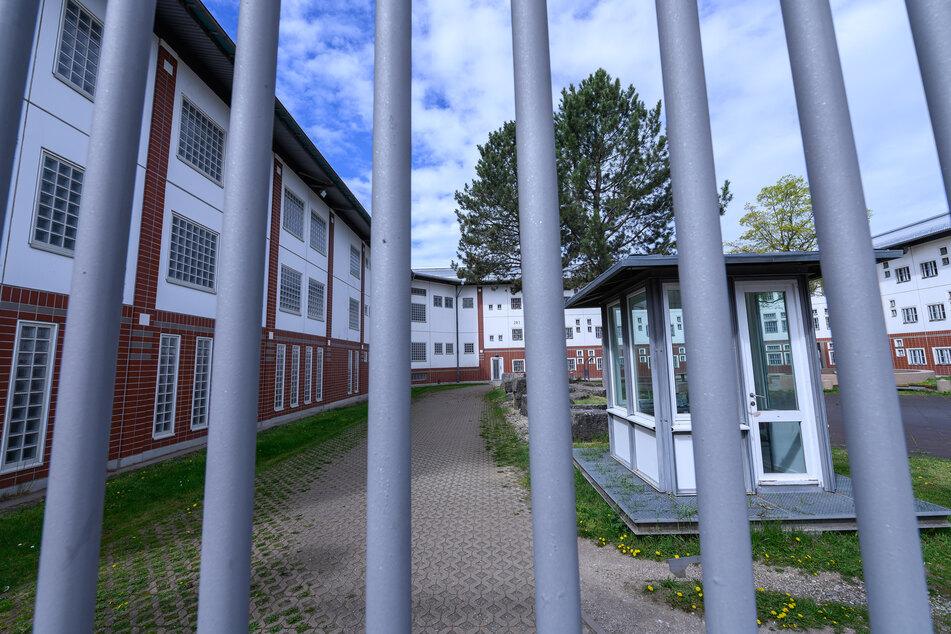 Ansicht eines Innenhofs in der JVA Weiterstadt in Hessen.