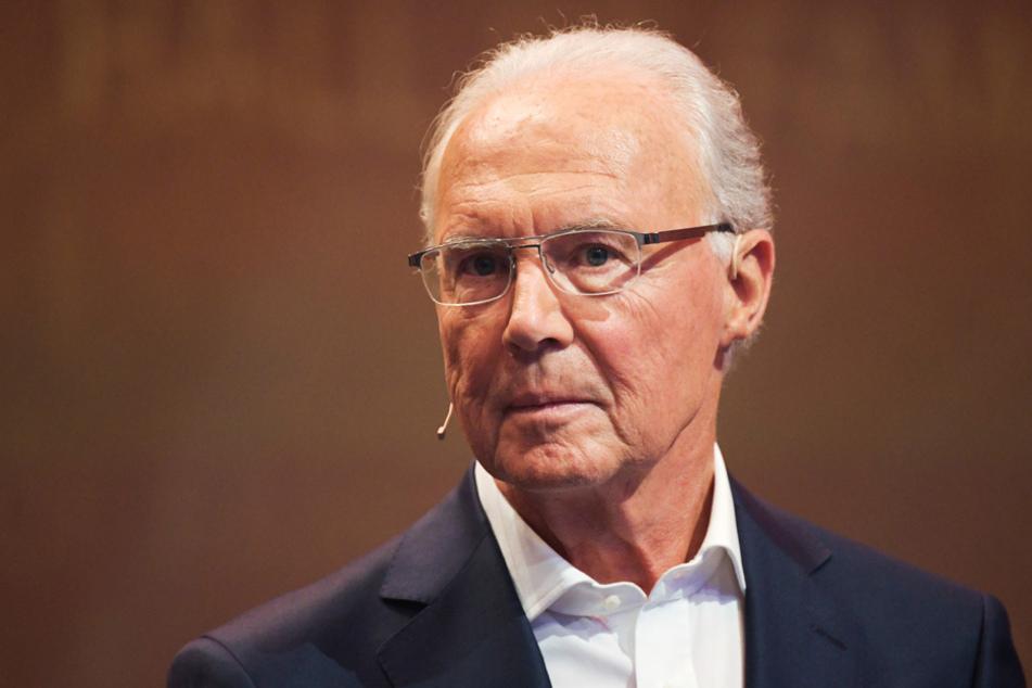 """""""Kaiser"""" Franz Beckenbauer möchte den Triple-Trainer Flick lange beim FC Bayern wissen. (Archiv)"""