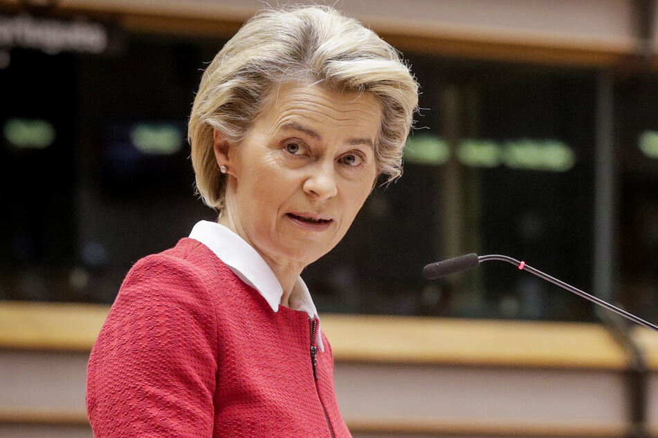 Ursula von der Leyen, Präsidentin der Europäischen Kommission, spricht während einer Debatte über das Brexit-Handelspakt am zweiten Tages einer Plenarsitzung im Europäischen Parlament in Brüssel.