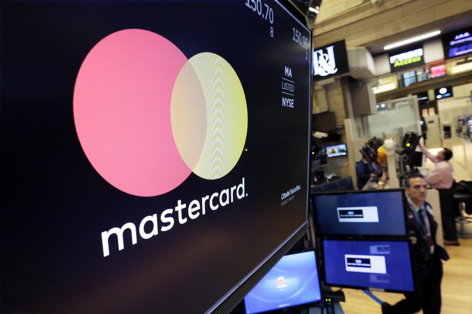 Der Finanzkonzern Mastercard prüft die Anschuldigungen gegen Pornhub. Sollten diese wahr sein, könnte ein Zahlungsstopp an die Plattform erfolgen.
