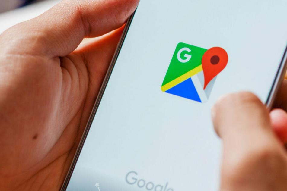 Die App Google Maps dient für viele Menschen als Navigationsgerät. (Symbolbild)
