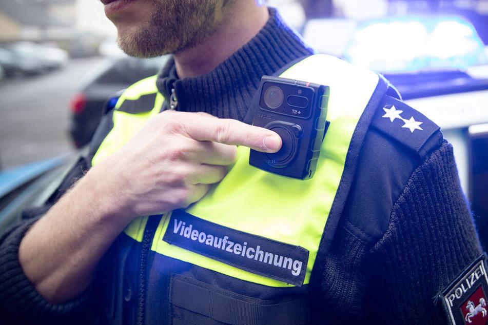 Schutz vor Gewalt: Über 500 Bodycams bei Polizei in Niedersachsen im Einsatz