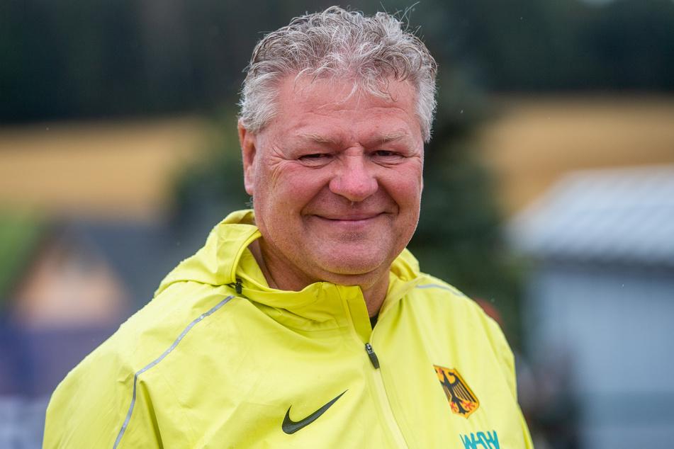 Bundestrainer Sven Lang (58) rechnet mit drei Olympia-Medaillen bei den Olympischen Spielen in Tokio.