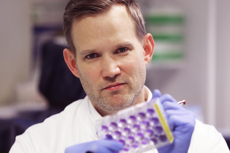 Am Freitag beendet der Bonner Virologe Hendrik Streeck (43) seine Datenerhebung im besonders vom Coronavirus betroffenen Ort Gangelt (Kreis Heinsberg).