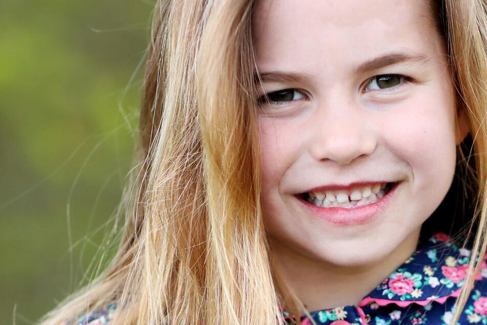 Zum Geburtstag von Prinzessin Charlotte: Royals gratulieren mit süßem Schnappschuss!