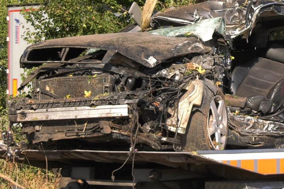 Tödlicher Unfall: Vollsperrung der A67 bei Büttelborn in Südhessen