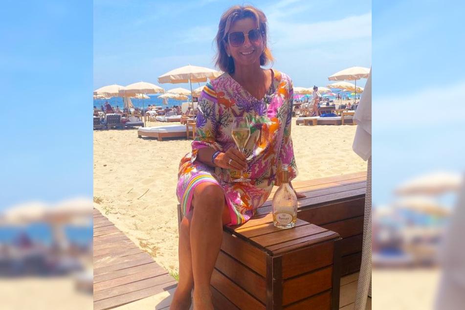 Trash-Queen Claudia Obert (59) hat auf Instagram ihr Sommer-Motto bekannt gegeben und dabei kein Blatt vor den Mund genommen.