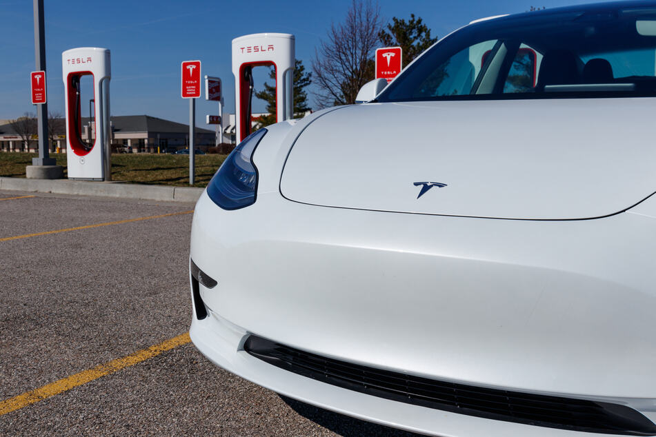 """Police are """"almost 99.9% sure"""" that no one was behind the wheel of the Tesla vehicle."""
