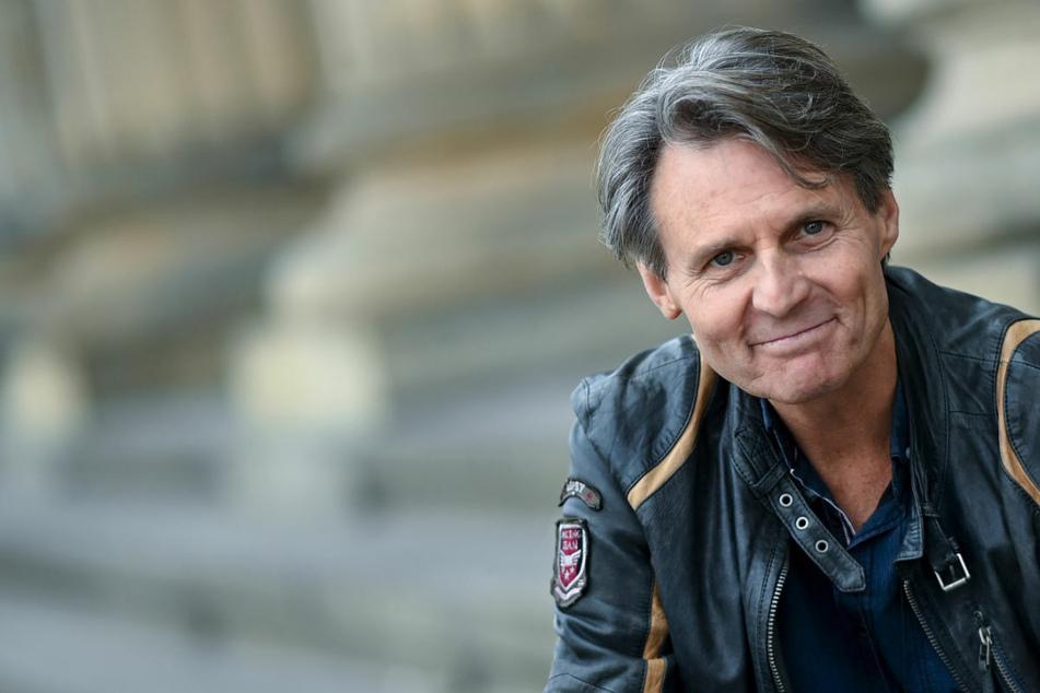 GZSZ: GZSZ-Star Wolfgang Bahro geht mit gutem Beispiel voran: Impfung mit AstraZeneca