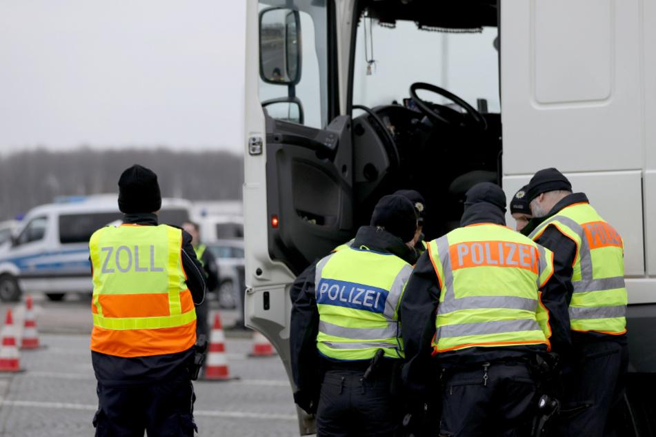 Imbissbetreiber fährt ungekühltes Fleisch quer durch Europa