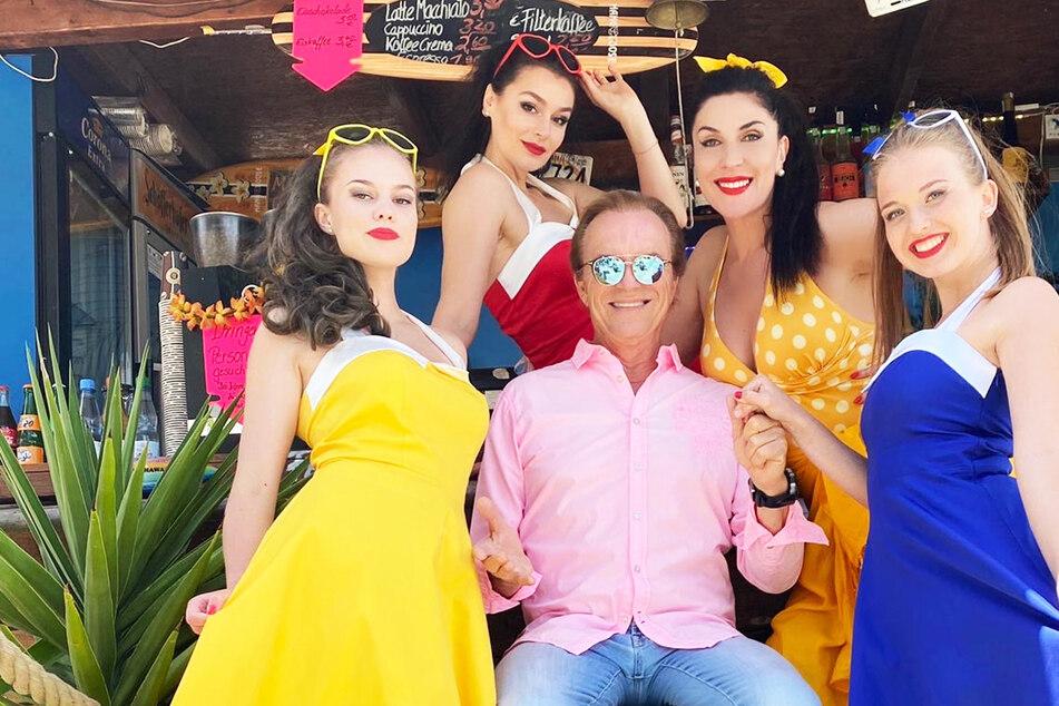 """Entertainer Wolfgang Lippert singt wieder: neues Album macht richtig """"Glücklich"""""""