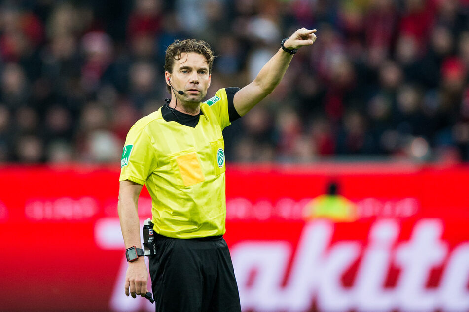 Bundesliga-Schiedsrichter Winkmann zieht es in die Politik
