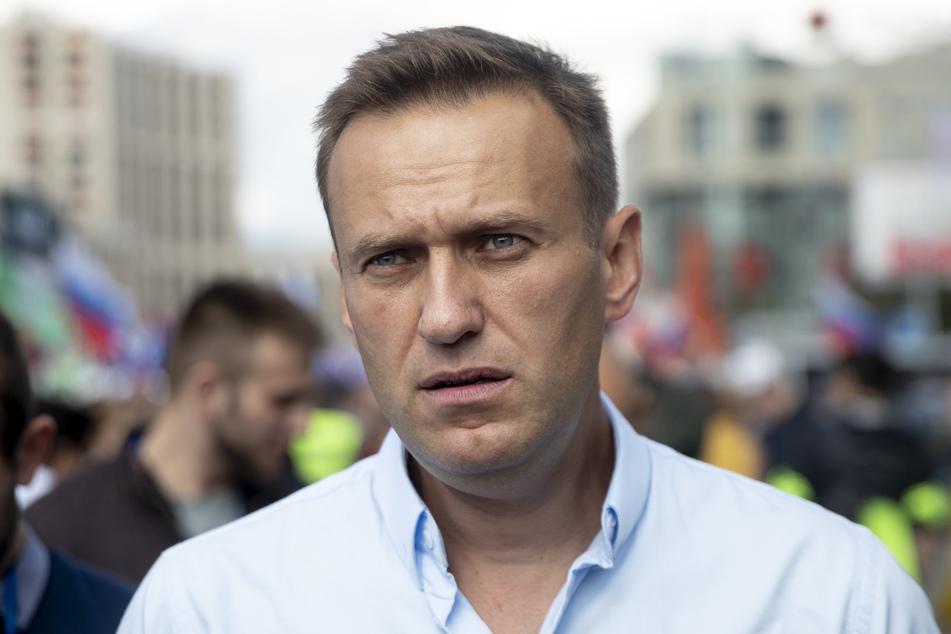 Der Kremlkritiker Alexej Nawalny (44) kämpft um sein Leben.