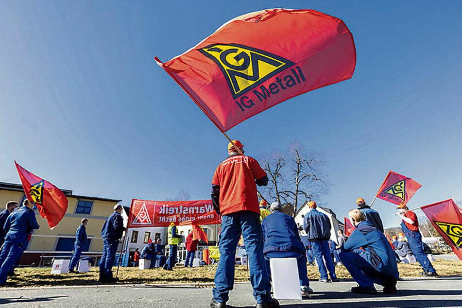 Leipzig: Warnstreiks! Sachsens Metaller wollen endlich West-Löhne