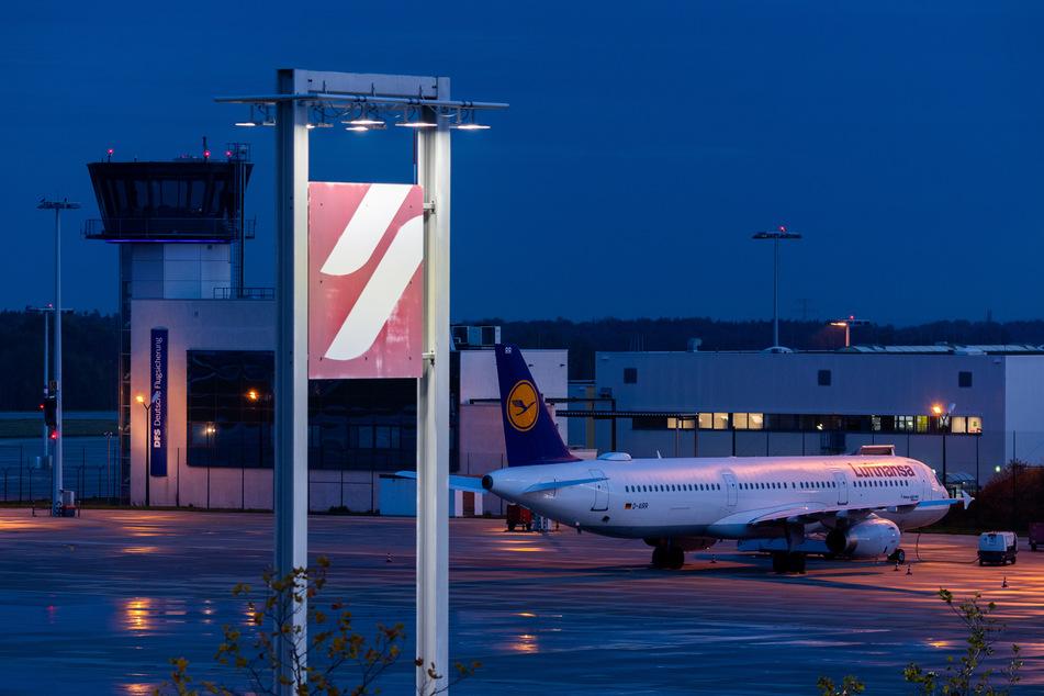 Wer am Flughafen in Dresden landet, kann sich künftig auf eine Corona-Erkrankung testen lassen.