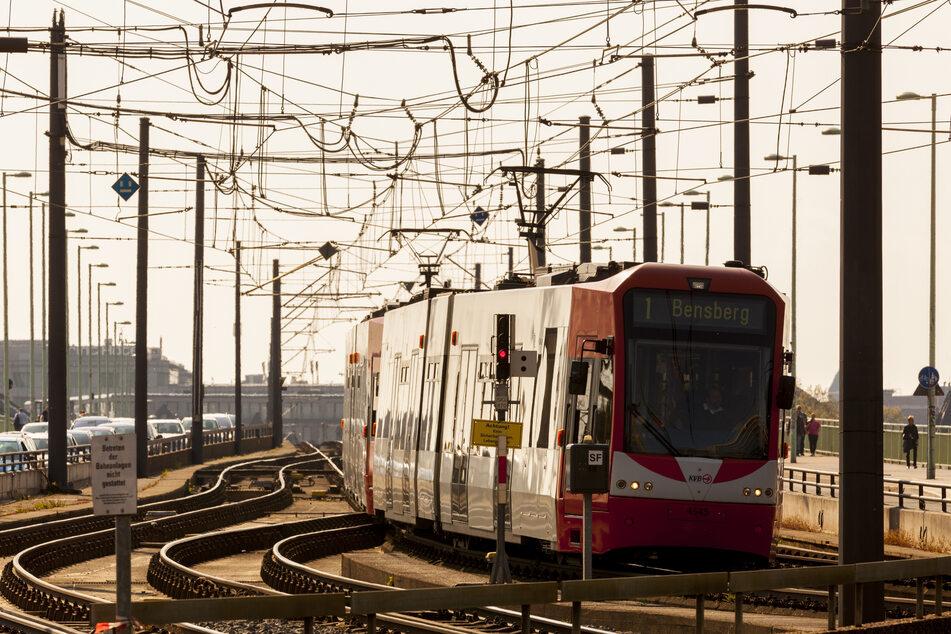 Eine Bahn der Kölner Verkehrbetriebe (Symbolbild).