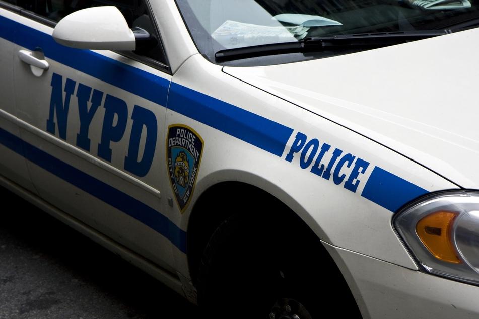 Die Polizei denkt, dass Mann auf Drogen sei, doch ihn hat es wesentlich schlimmer erwischt