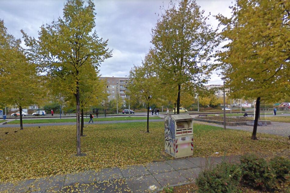 In der Waldzieststraße nahe einer Straßenbahn-Haltestelle ereignete sich am Dienstag ein Angriff auf einen 35-Jährigen. (Archivbild)