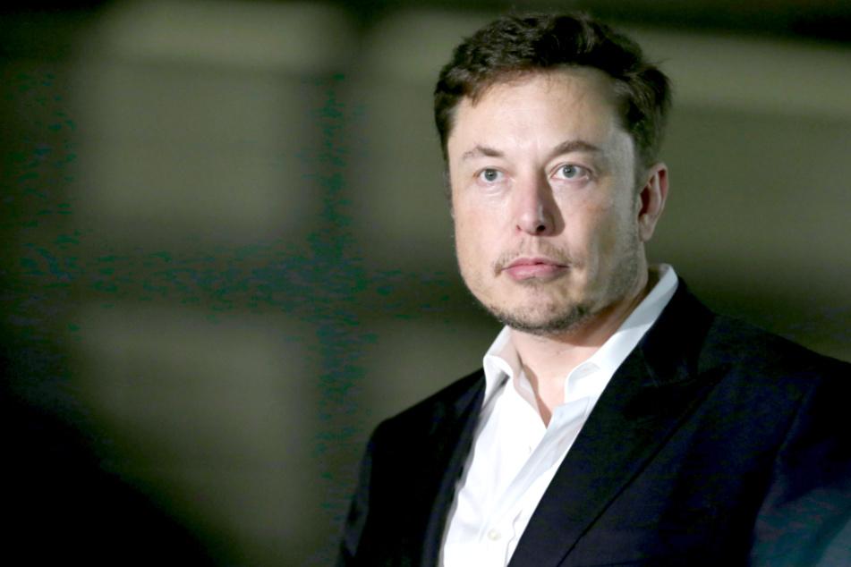 Tesla-Chef Elon Musk will nach Deutschland kommen!