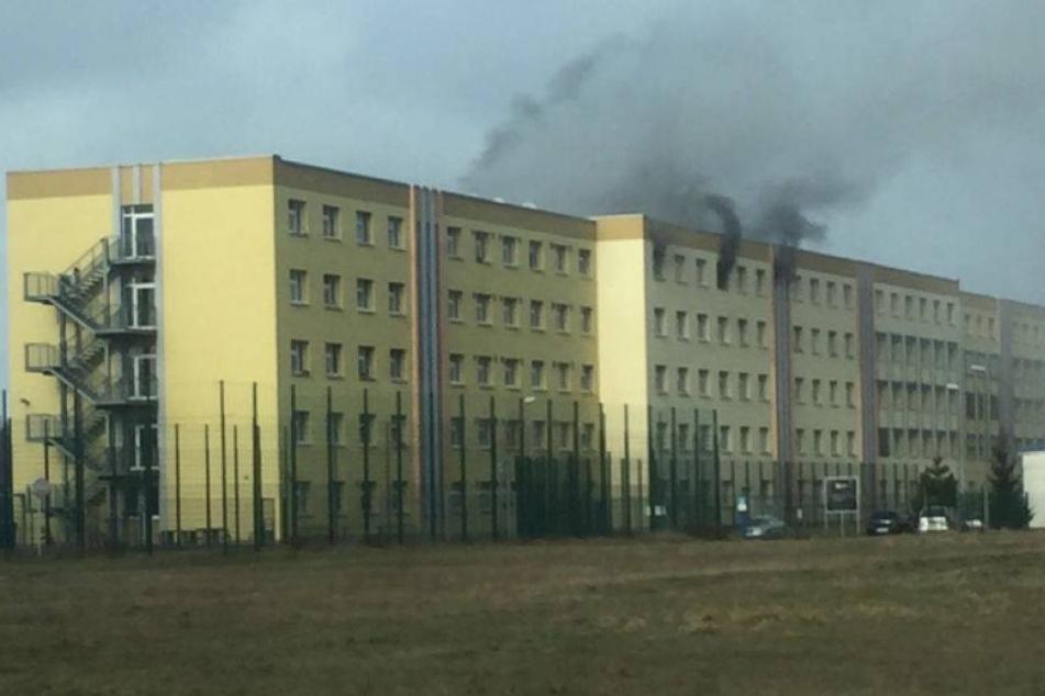 Verletzter bei Feuer im Asylheim