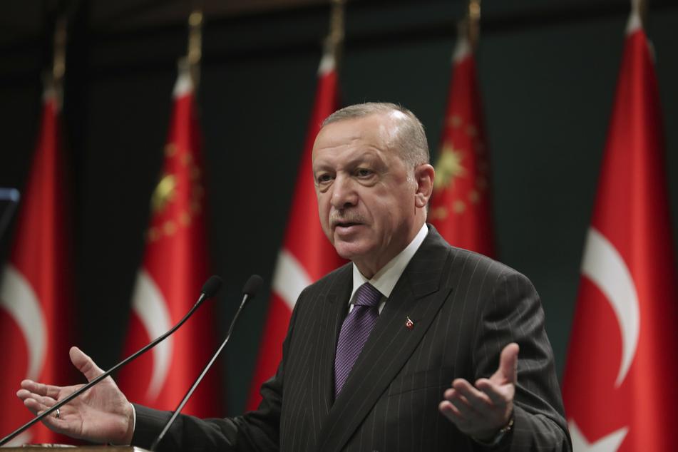 Recep Tayyip Erdogan, Präsident der Türkei (67).