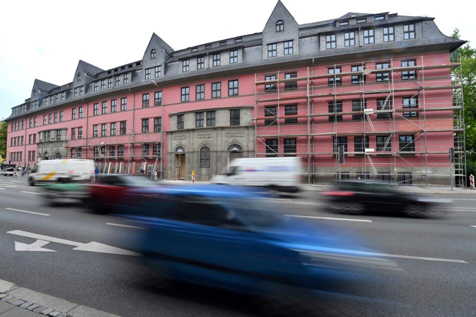 Ein 50-Jähriger muss für immer hinter Gitter. Das entschied das Landgericht Erfurt.